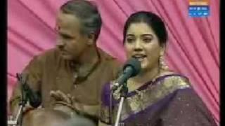 Carnatic Music - Chinnanjiru kiliye - Shobana Vignesh (Mahanadhi Shobana)