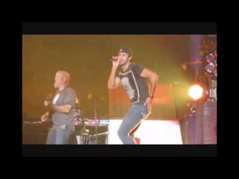 Luke Bryan Shaking His Sexy Country Ass (Part 2)