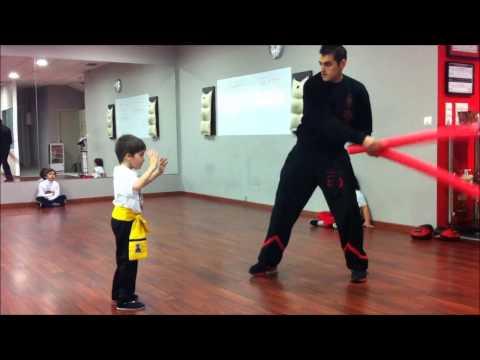 escuela-kung-fu-galicia.kung-fu-infantil.examen-tigre-andrés.mp4
