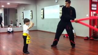 Escuela Kung Fu Galicia.Kung Fu Infantil.Examen tigre Andrés.mp4