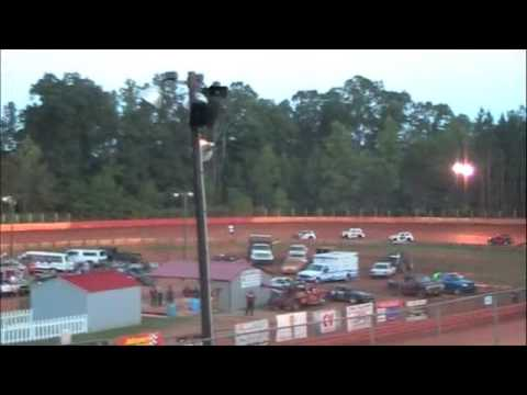 Will Prance at East Lincoln Speedway with the Dirt Track Racing School