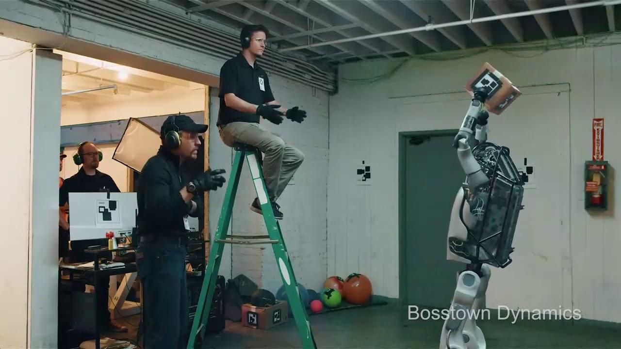 Boston Dynamics : the Robot Fight Back