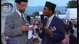 Various Interviews at Jalsa Salana Germany 2002 (Part 3)