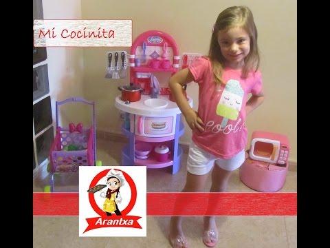 Mi cocinita de juguete  Jugando a cocinar  My toy kitchenette  Playing cooking