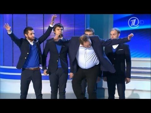 КВН Леонид Слуцкий отрывается на сцене