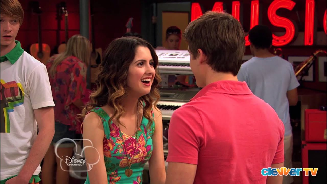 Is Austin and ally dating in the show