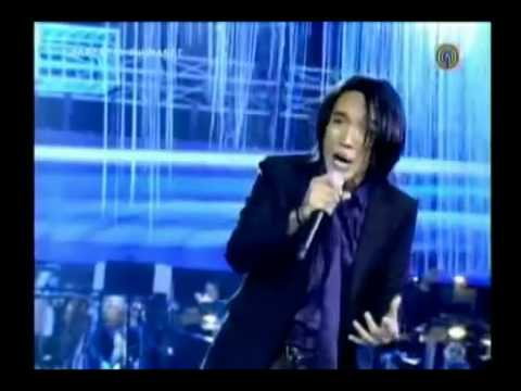 Arnel Pineda sings Air Supply's 'Lost in Love /All Out of Love'