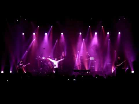 'Neverland' Live at the Marillion Convention 2007
