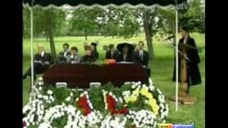 Medio mundo - El Funeral de Eulogio