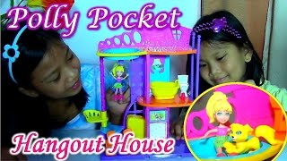 Polly Pocket Hangout House Playset - Stick 'n Play Doll House