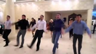 Молдаване зажигают