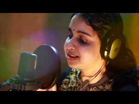Pulariyil Viriyum  Malayalam  prayer song Mridula Warrier Latest