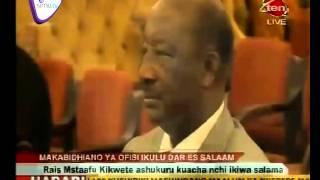Kikwete Amkabidhi Ofisi Rasmi Raisi Magufuli