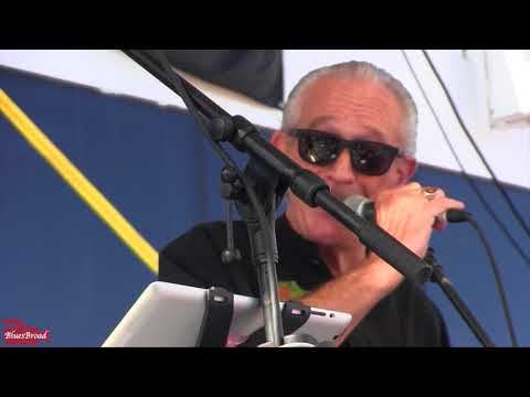 TOMMY CASTRO & the PAINKILLERS w/ CHARLIE MUSSELWHITE ☼ Live Every Day ☼ LRBC #30 Seaview Pool