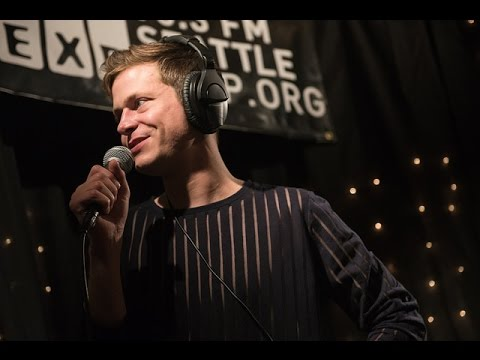 Perfume Genius - Queen (Live on KEXP)