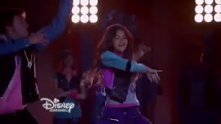 "Zendaya ""Too Much"" (Escena de Zapped - Disney)"