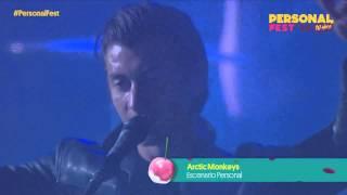 Arctic Monkeys - La noche está en pañales