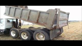 1985 Mack R686ST dump truck for sale | sold at auction March 20, 2012