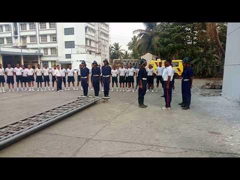 Mumbai Fire Brigade (MFB) Ladder drill, घेरा लागाओ, शिडीके पिछे लाईन बन, Reporting.