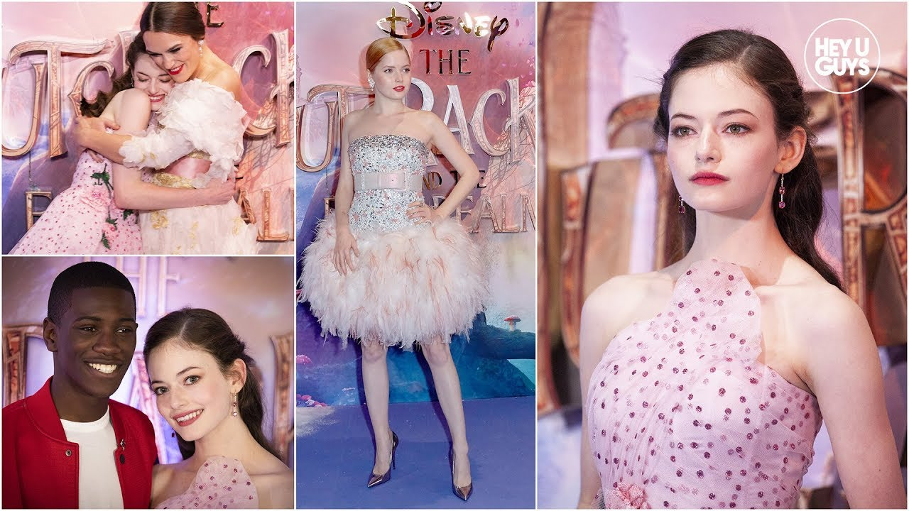A Nutcracker Christmas Cast.Mackenzie Foy Leads An All Star Cast At The Nutcracker And The Four Realms Premiere