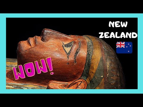 OTAGO MUSEUM in DUNEDIN: INCREDIBLE 2,300 year old EGYPTIAN MUMMY (NEW ZEALAND)