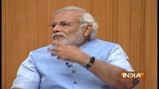 Amitabh Bachchan Hasn't Taken a Single Rupee for Gujarat Tourism Ad: Modi in Aap Ki Adalat