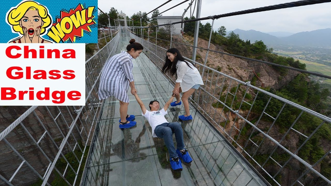 China Glass Bridge - Fake Cracking Glass - Dare to Cross -Scary Moments