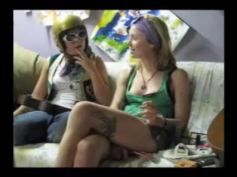 Interview Curious Poses July 2008Kaynak: YouTube · Süre: 10 dakika14 saniye