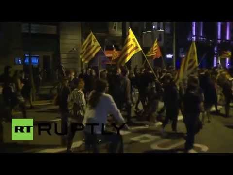 "Spain: ""Disobey fascist Spain's laws"" shout Catalan protesters"