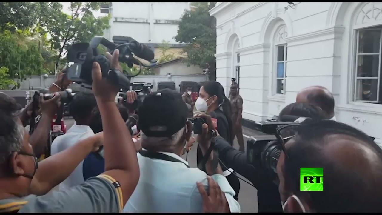 شرطة سريلانكا تلقي القبض على ملكة جمال العالم  - 22:58-2021 / 4 / 8