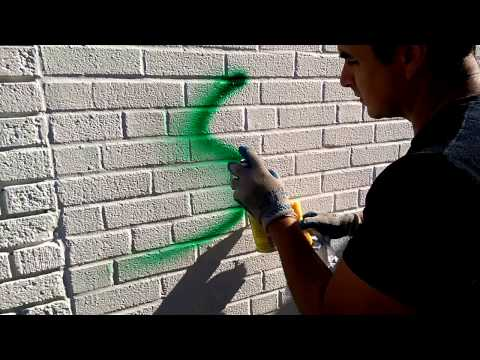 How to remove graffiti from walls