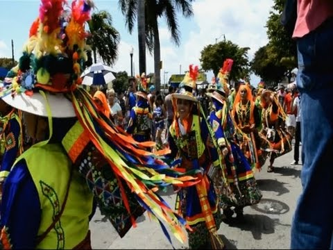 Miami Festival Celebrates Latin American Culture - YouTube