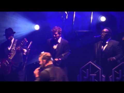 Justin Timberlake / Mirrors / Dallas TX / American Airlines