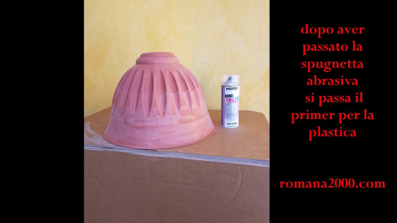 Come Dipingere Un Tavolo Di Plastica.Tutorial Su Come Verniciare Vasi E Cose Di Plastica