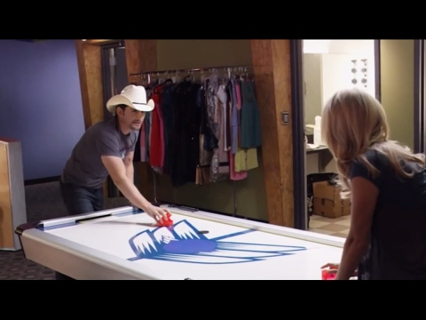 Brad Paisley & Carrie Underwood prepare for 2010 CMA Awards  CMA Awards 2010  CMA