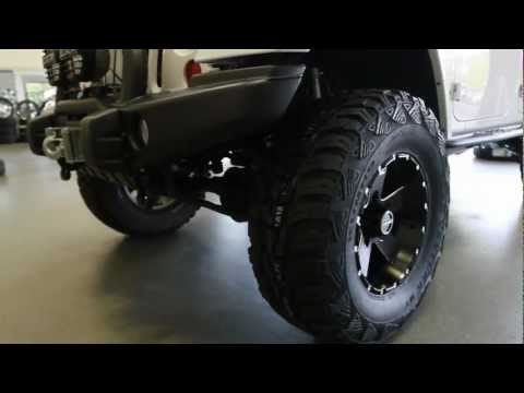 hostile-wheels-17x9-moab-h100-|-2012-jeep-wrangler-unlimited-rubicon