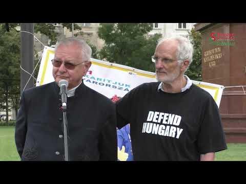 A Kossuth tériek 15 évvel ezelőtti tiltakozására és a gyurcsányista terrorra emlékezve (+ videó)