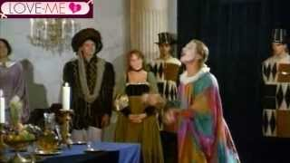 Download Video Francesco Malcom e Sarah Young in Lucrezia - Scena da Film Vintage MP3 3GP MP4