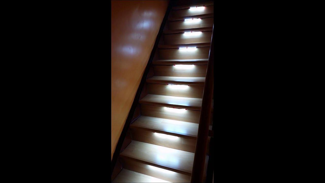 ledstrip trap verlichting met bewehingsmelder