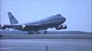 EASTERN AIRLINES Boeing 747 Landing