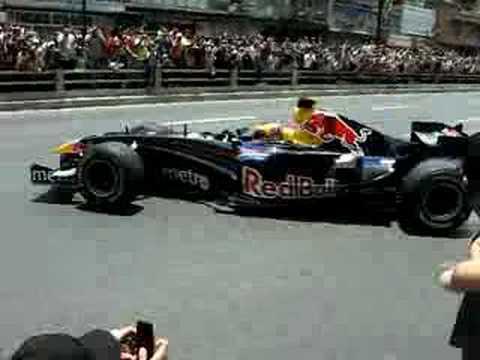 Red Bull F1 Racing Caracas Street Run part 3