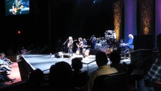 Hall & Oates - Did it in a Minute - LIVE