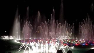 Танцующий фонтан в Баку)(, 2011-09-11T17:34:49.000Z)