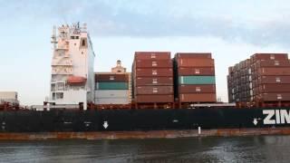 Контейнерные перевозки на корабле(, 2015-03-13T11:22:30.000Z)