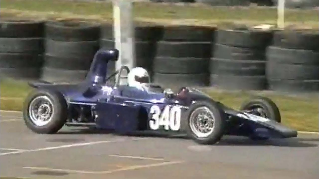 1974 Lola T340 Formula Ford - YouTube