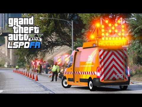 This traffic accident was intense... (GTA 5 Mods - LSPDFR Gameplay)