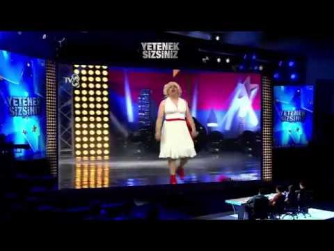Pembe Panter 'Komedi Gösterisi' - Yetenek Sizsiniz Türkiye 4 Ocak 2015