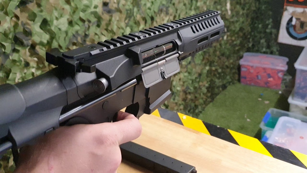 Download Quick Overview of the XYL ARP-9 SMG Gel Blaster