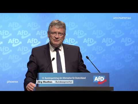 Bundessprecher Jörg Meuthen mit dem Rechenschaftsbericht des Parteivorstands
