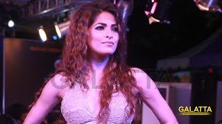 Parvathy Omanakuttan walks the ramp for Touch at CIFW 2015